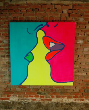kissing-fluo-100x100